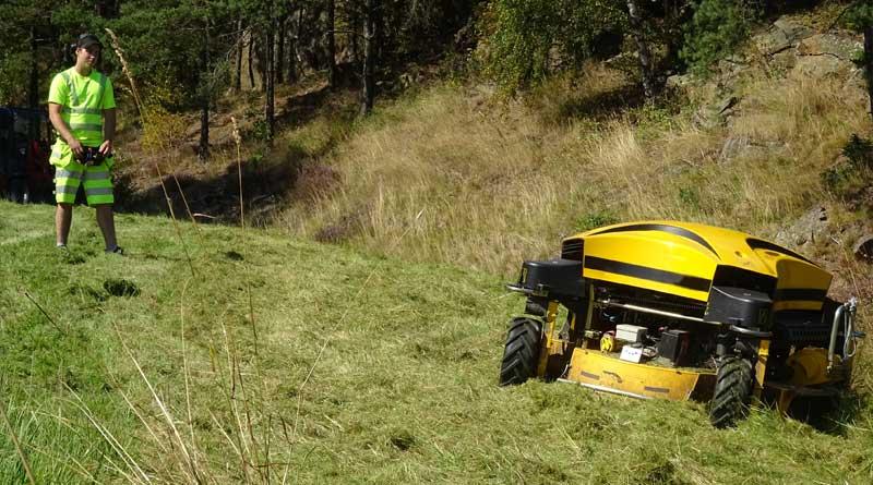 Fjärrstyrda gräsklippare tar över