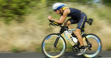 triathalon-cycling-racer-618750_1920